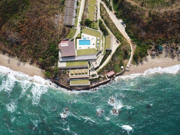 Traveling to Richard Branson's entrepreneur paradise - M&C